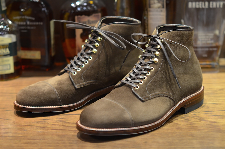 how to clean rough out leather shoes